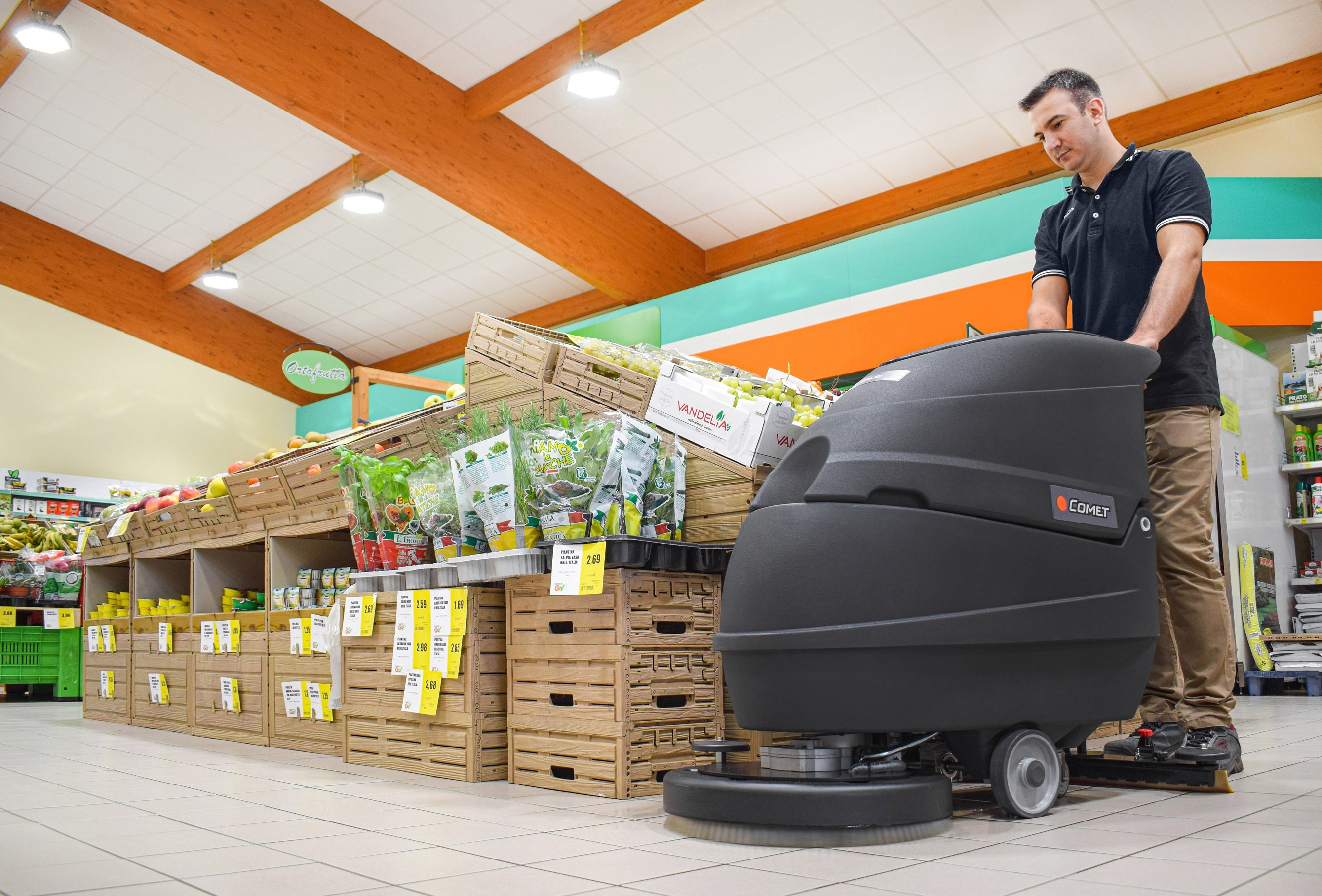 CLEANING COMPANIES: HERE ARE THE MACHINES TO WORK AT YOUR BEST